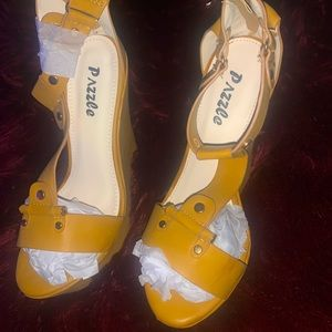 Mustard Yellow wedge heel. New
